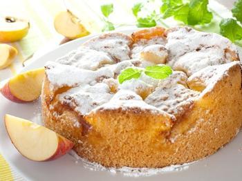 Яблочно-грушевая шарлотка
