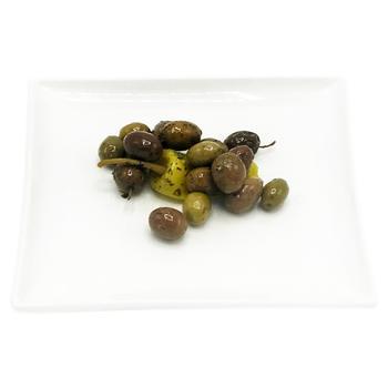 Оливки Amalthia в маринаді Наполі з перчиком - купити, ціни на Восторг - фото 1