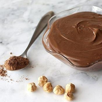 Шоколадный творог с арахисом