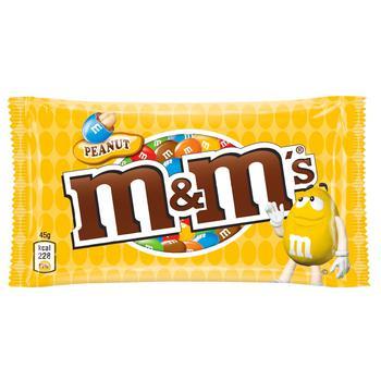 Драже M&M's с арахисом и молочным шоколадом покрытое хрустящей разноцветной глазурью 45г - купить, цены на СитиМаркет - фото 1