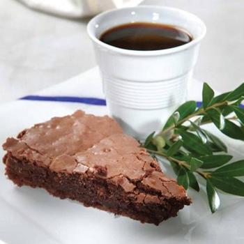 Вологий шоколадний пиріг з оливковою олією