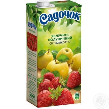 Сок Садочок яблочно-клубничный 0,95л - купить, цены на Метро - фото 1