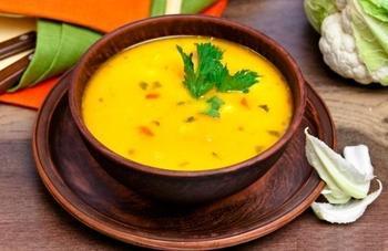 Королівський суп із цвітною капустою
