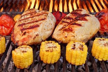 Курочка BBQ з чилі-лайм кукурудзою
