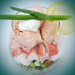 Протеиновый салат с тунцом и крабовыми палочками