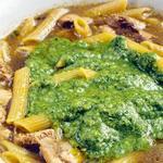 Суп із макаронами і песто