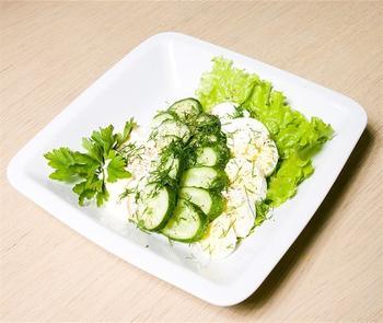 Огірково-яєчний салат