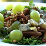 Салат з винограду, сиру та шинки