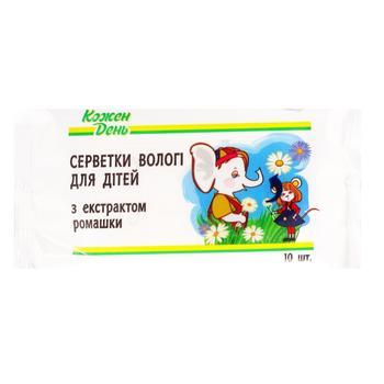 Салфетки Каждый День влажные для детей с ромашкой 10шт - купить, цены на Ашан - фото 1