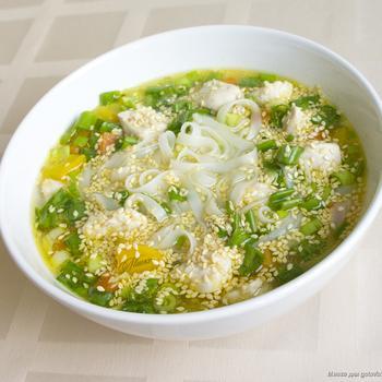 Рисовый суп в азиатском стиле