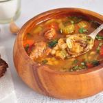 Мясной суп с сыром и перловкой