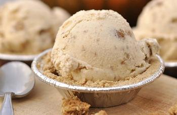 Пряное тыквенное мороженое
