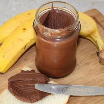 Шоколадно-бананова паста