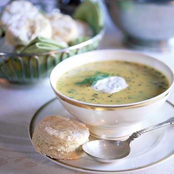 Суп з нуту, перцю чилі і коріандру