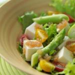 Салат со спаржей и ветчиной
