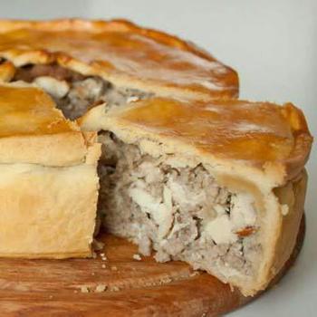 Мясний пиріг (рецепт для НВЧ-печі)