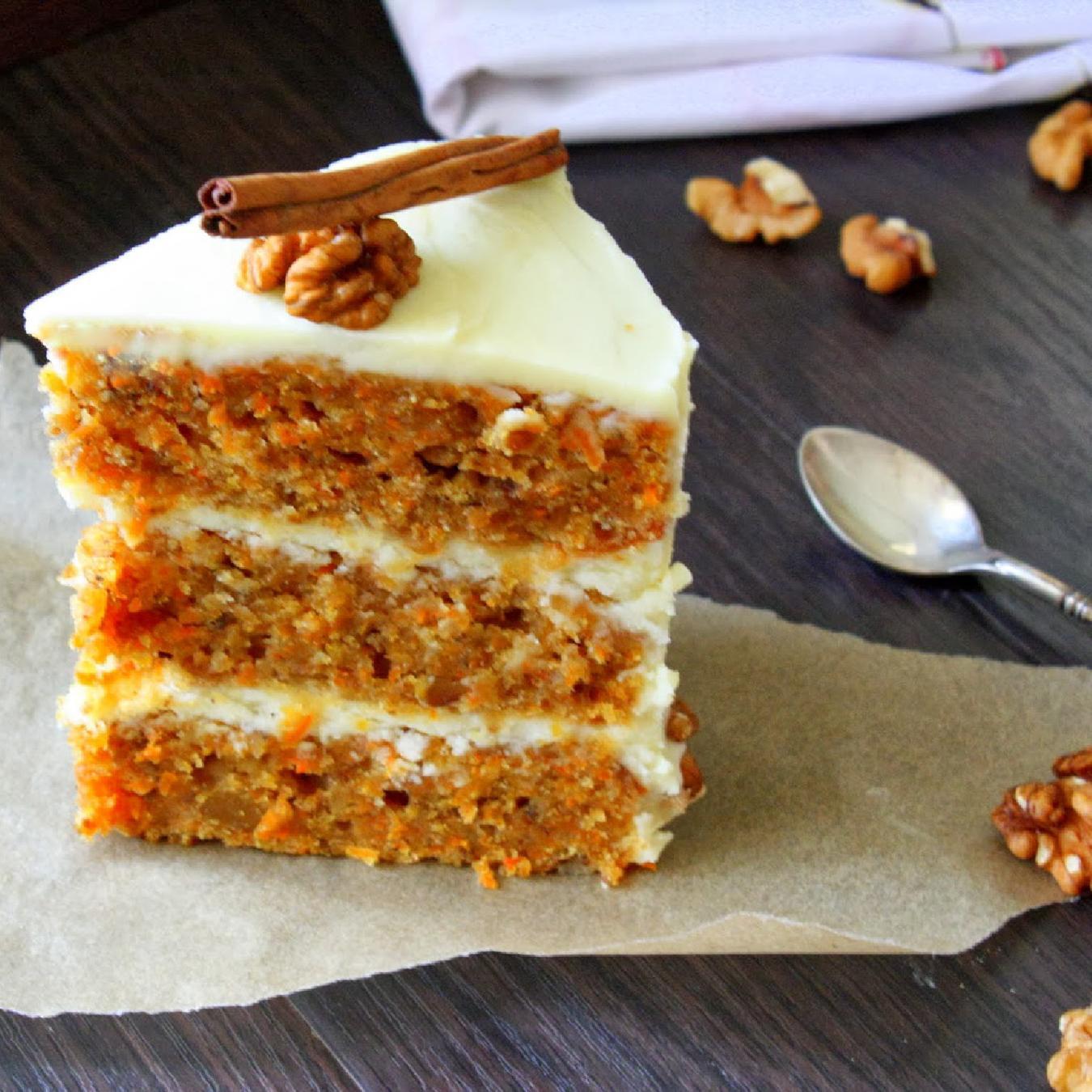 Морковный торт с кремом на основе сыра филадельфия