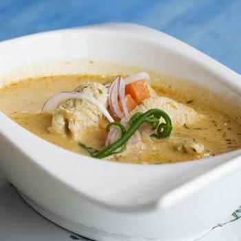 Куриный суп с диким рисом и плавленным сыром