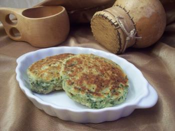 Соленые сырники с брынзой и зеленью