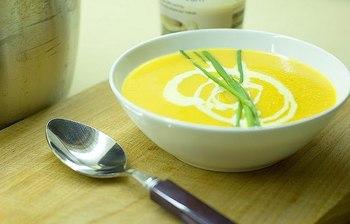 Сочевичний суп з сиром