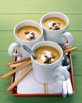 Суп-пюре из фасоли и орехов