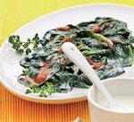 Салат с йогуртом и шпинатом