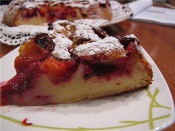 Перевернутый пирог с виноградом и кусочками шоколада