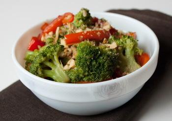 Салат из брокколи и болгарского перца