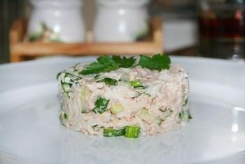 Простий рибний салат