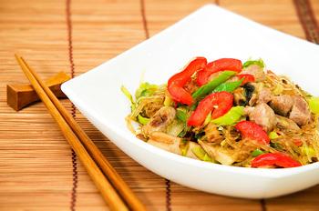 Рисова локшина з овочами