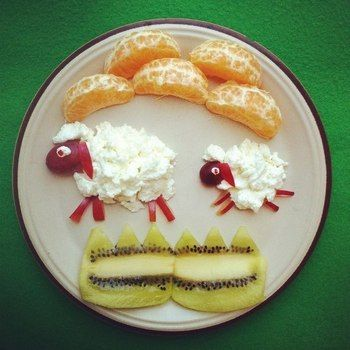 Творог с фруктами для детей