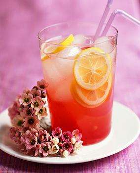 Фруктовий холодний чай