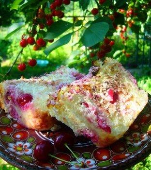 Сирно-рисова запіканка з вишнею