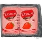 Cottage cheese Dolce strawberries with cream 20% 200g Ukraine