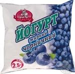 Йогурт Заречье Черничный 2,5% 450г