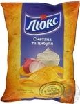 Potato chips Lux with the taste of sour cream and onion 133g