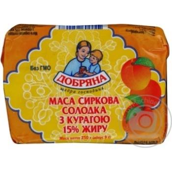 Творожная масса Добряна сладкая с курагой 15% 250г Украина