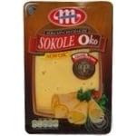 Mlekovita Sokole Oko Smoked sliced cheese 45% 150g