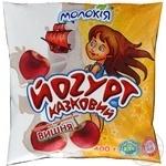 Йогурт Молокия Казковый вишня 3% 400г пленка Украина