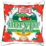 Йогурт Злагода Клубника 1.5% 450г пленка Украина