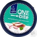 Zigmas One Bite in a smoke-flavored oil fillet herring 210g