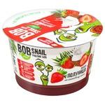 Десерт Bob Snail на кокосовому кремі полуниця 180г